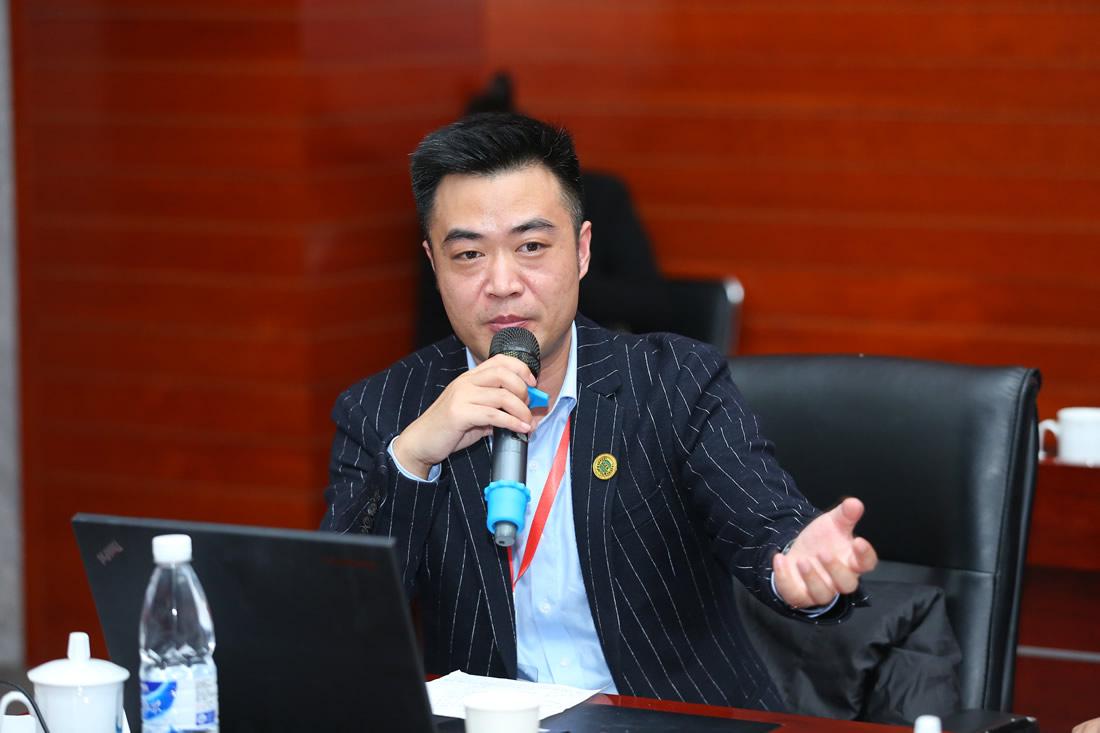 中奎控股集团董事长 颜昌龙
