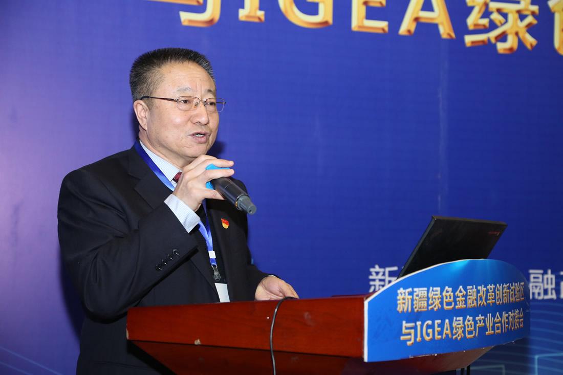 新疆昌吉州党委常委、常务副州长 王炳炬